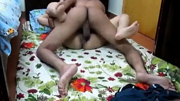 भारतीय सींग का बना लड़की