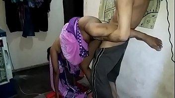 पीछे से भारतीय चुदाई