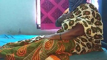 सींग का उत्तर भारतीय देसी परिपक्व लड़की शो स्तन गधा बिल्ली बिल्ली छेद